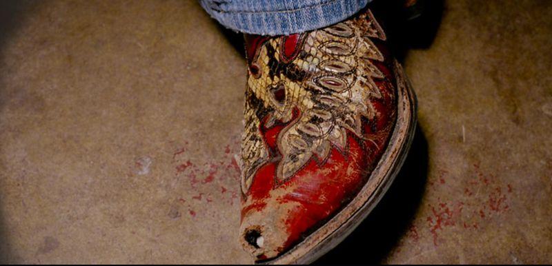 Boot hole